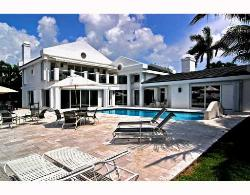 FORT LAUDERDALE ESTATE-100 FEET WATERFRONT