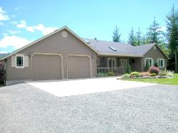 HOCKINSON! ~ 5 BR DAYRANCH! ~ 6 ACRES! ~ VIEW! ~ SEE VIRTUAL TOUR
