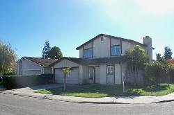 840 Grapeleaf - 3bd/2.5ba home in North Modesto