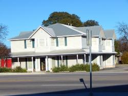 RETAIL/OFFICE COMPLEX, LAMPASAS