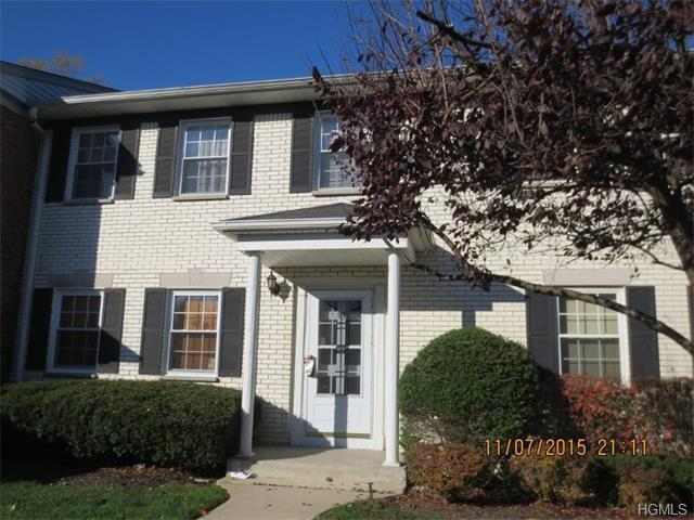Sarah Schwab just listed this condo in Suffern!