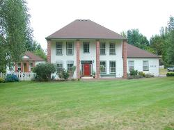 ONE OF KIND! ~ Home + Guest House ~ Close-In 1.23 acres! ~ VIRTUAL TOUR