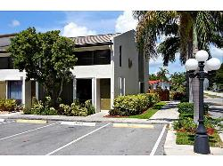 SPECTACULAR TOWNHOME - OAKLAND PARK - 2BED/2.5BA