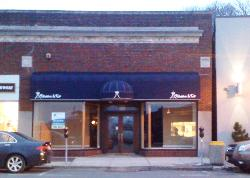 19 GRAND AVE - COMMERCIAL/RETAIL SPACE FOR RENT