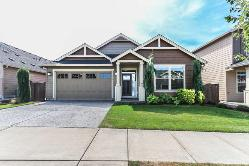 IMMACULATE! ~ 1-level open floor plan! ~ See Virtual Tour!