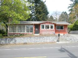 Remodeled 1-Level, Huge Lot!  Close to Clark College