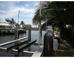 2 BED/2 BATH BOCA WATERFRONT HOME