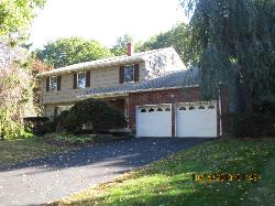 Shainie Just Sold this immaculate colonial in Chestnut Ridge